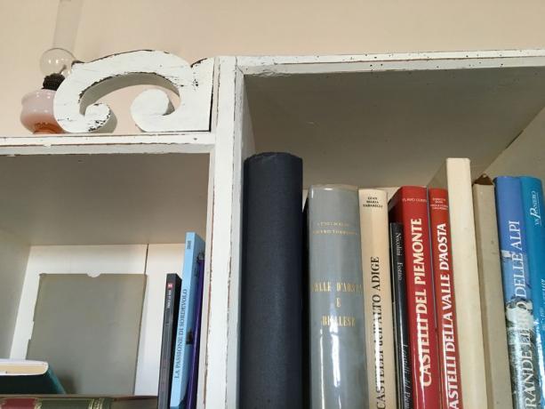 Dettaglio Libreria Provenzale Abete '800